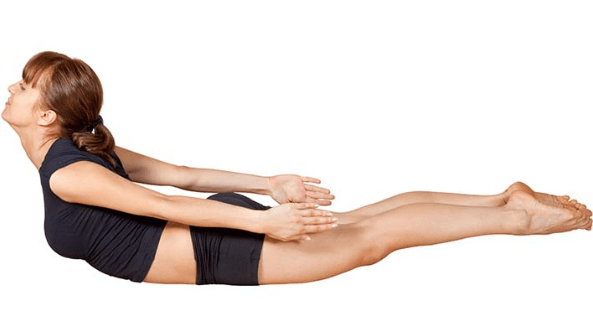 Yoga, posizione della locusta